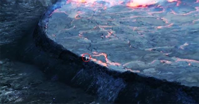 Cientista desafia vulcão em erupção